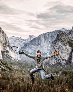 Throwback to exploring Yosemite in my _allofustravel gear!_📸_ _danrollingphotography