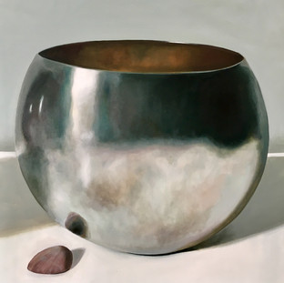 Silver bowl with shell