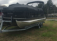 Sunchaser Pontoons Geneva 22 LR DH Sport boat for sale in Beaufort SC