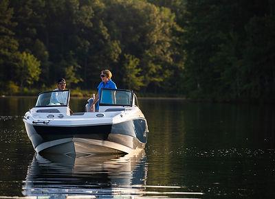 NauticStar-2021-Deck-Boats-206-1.jpg