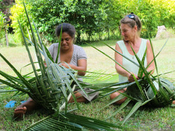 Learning to weave baskets