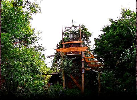 The_Magic_Garden_59_7_Tower.jpg