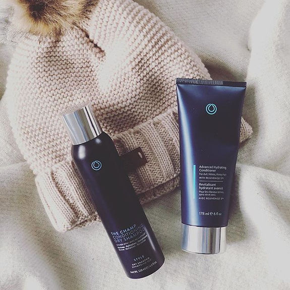 Winter hat tip_  spray dry shampoo to ro
