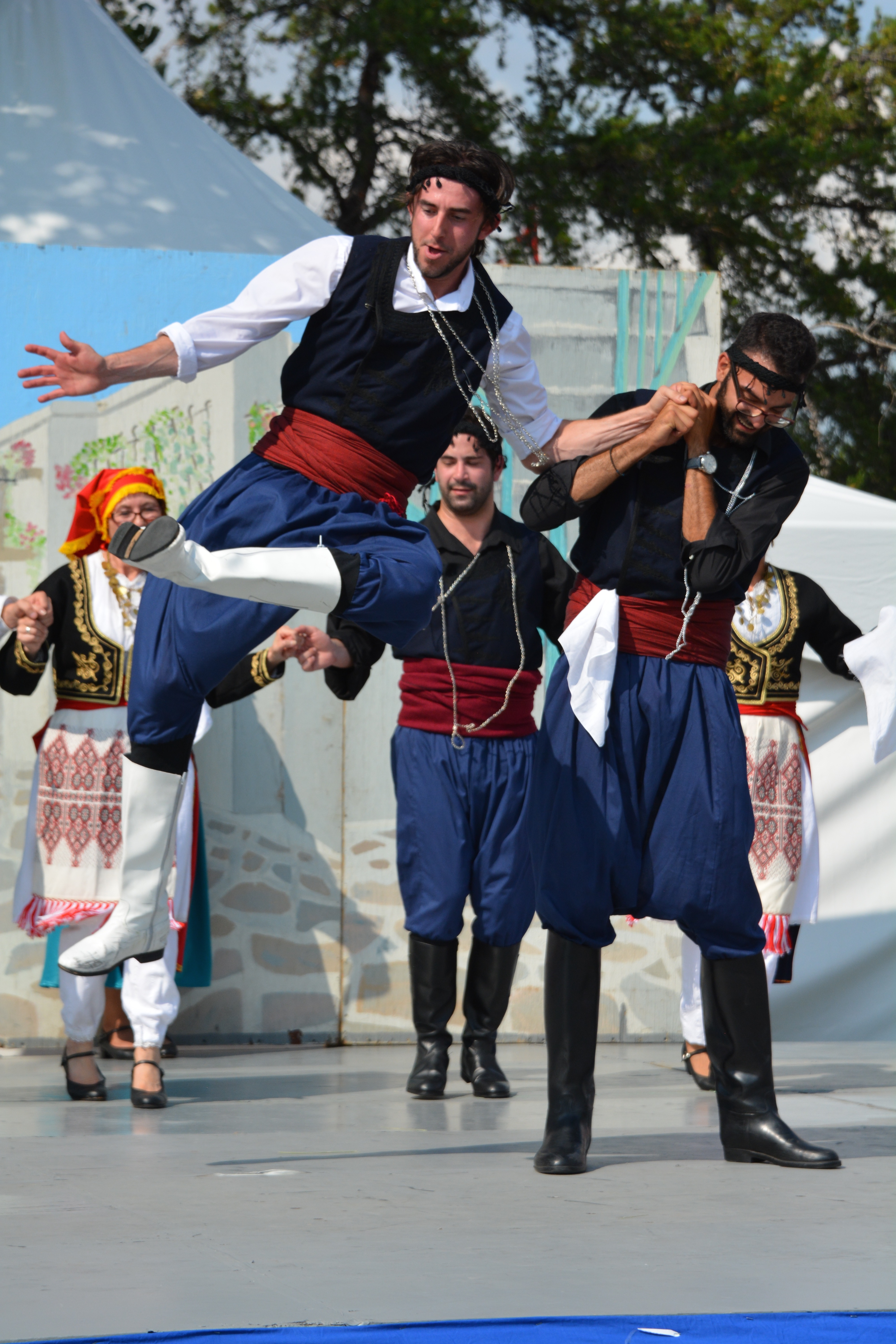 Dionysos Dancers at Heritage Days (Credit: Steve Makris)