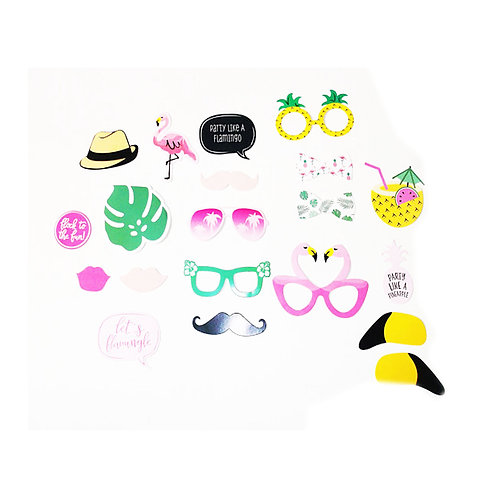 20 Piece Flamingo Party Theme Selfie Kit