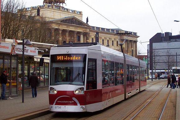 Stadt beantwortet 99 Fragen zum Straßenbahnausbaukonzept