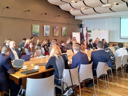Riga seminar: Cross-border e-services ownership and delivery
