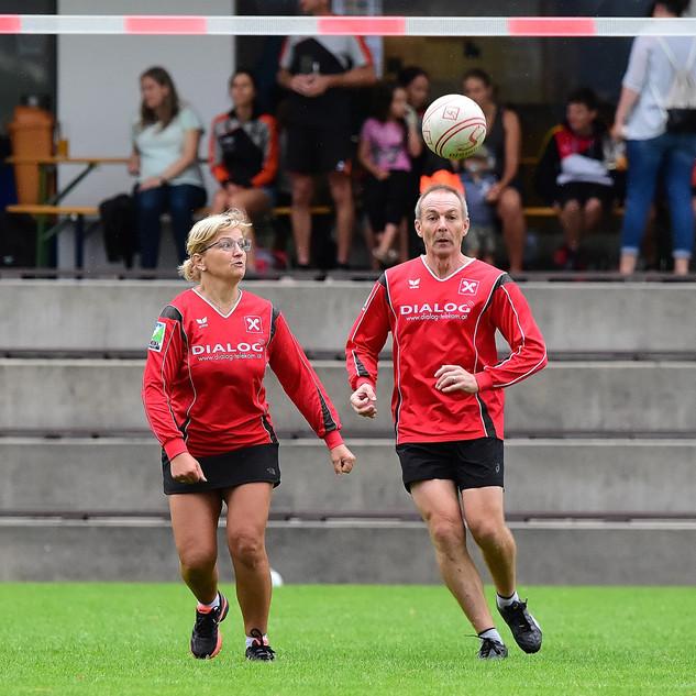 Faustball-Ortsmeisterschaft in Arnreit: Spaß für die ganze Familie!