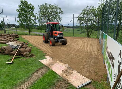 Sanierung von Haupt- und Trainingsfeld