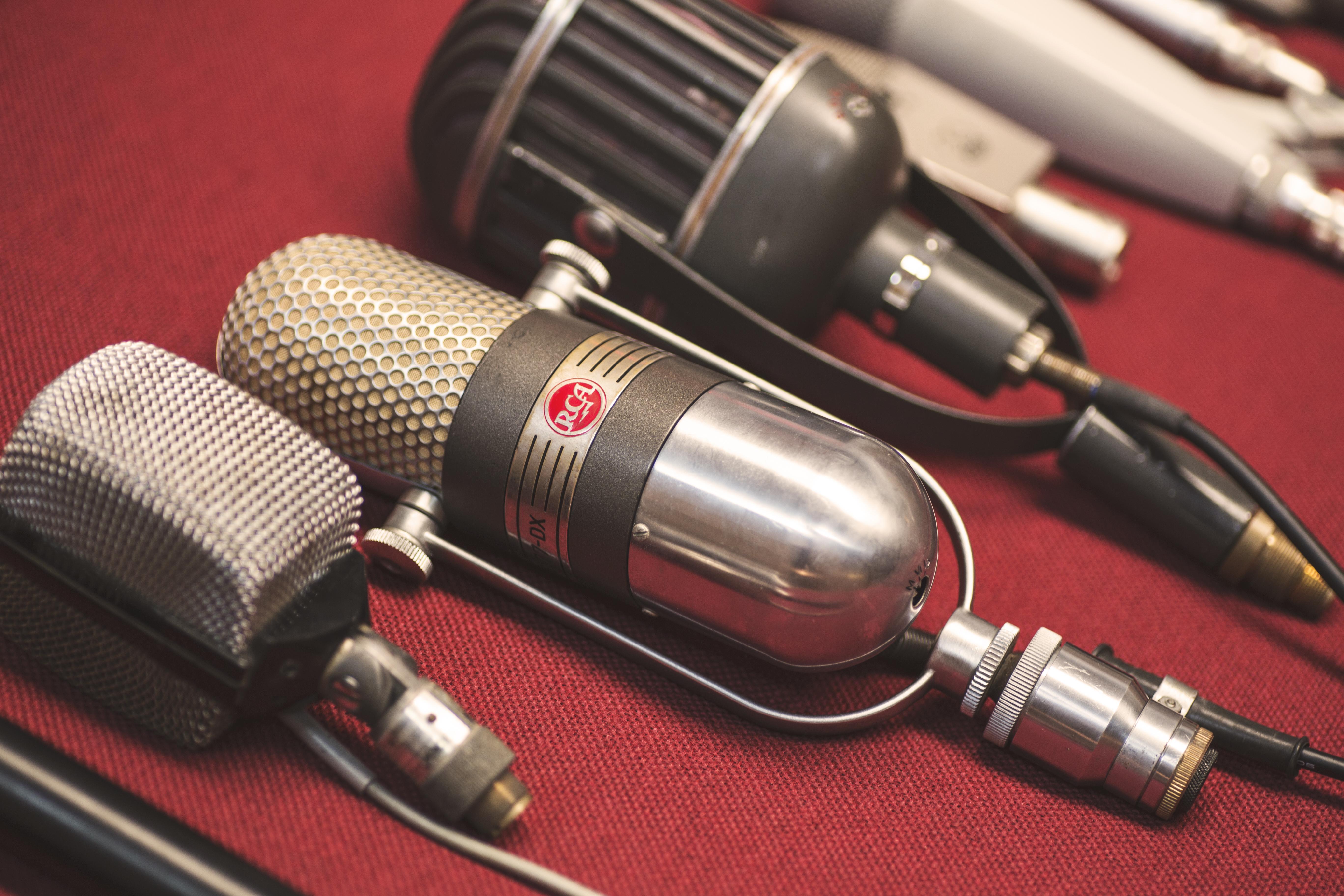 micrófonos akg D12