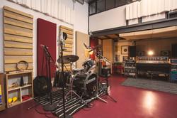 batería y area de grabación al fondo