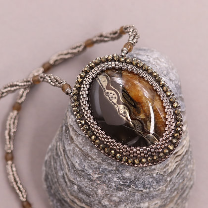 Necklace with ammonite