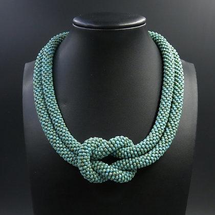 """Collier tubulaire crocheté """"Noeud"""""""