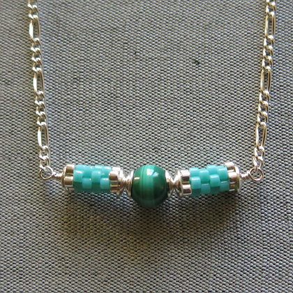 Collier vert