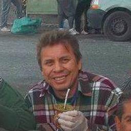 lalo con lorena y alicia duarte_edited.jpg