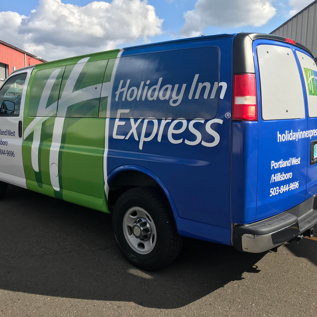 Holiday Inn Express van