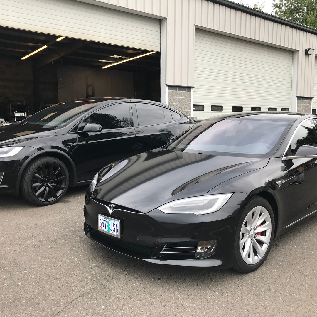 Teslas chrome delete and tint