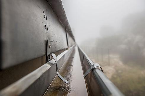 Pluie métal Gutter