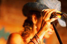 singingcowgirl2.jpg