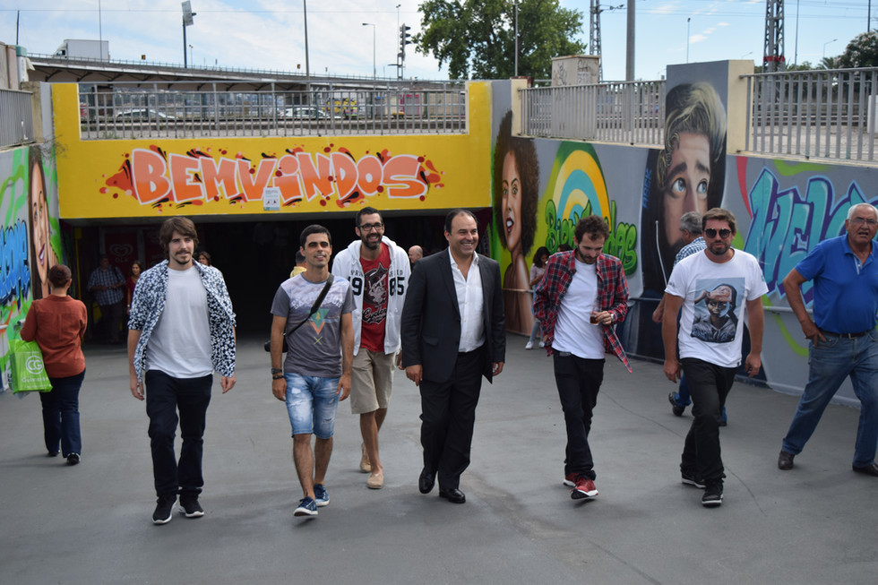 Inauguração pinturas do túnel da estação de Algés.