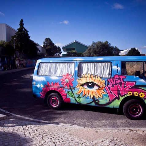 """Pintura Graffiti em carrinha """"Pão de Forma"""" Wolkswagen"""