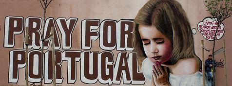 graffiti politico, pray for portugal, graffiti social, graffiti lisboa, nomen, merckel´s puppets, activismo politico, rezar por portugal, amoreiras graffiti, graffiti portugal
