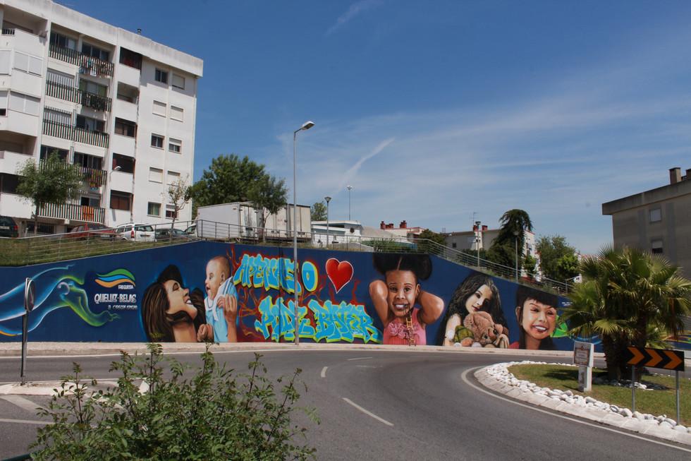 """Mural """"So o coração pode bater"""" - Pendão, Sintra"""