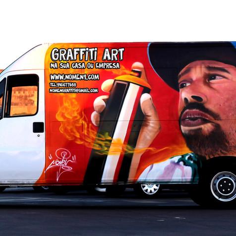 Graffiti em carrinha Fiat Ducato