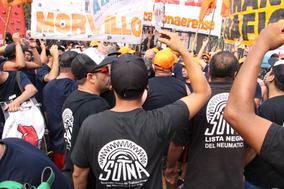 El SUTNA marcho a Plaza de Mayo junto a los trabajadores de AGR-Clarín