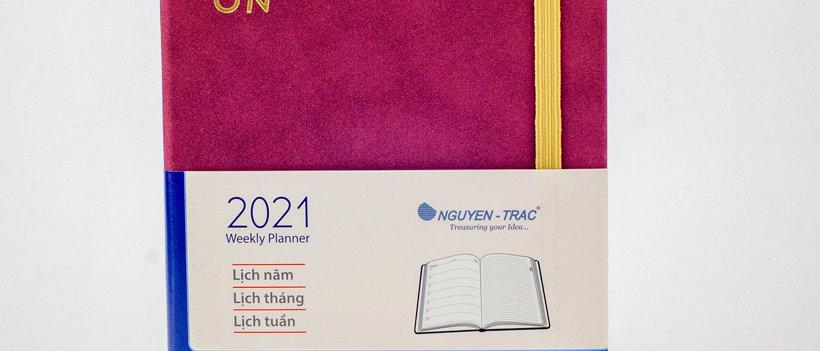 stylish notebook, planner 2021, nguyen trac, beige paper