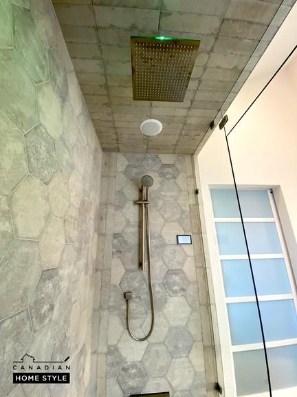 Porcelain Tiles in Custom Shower