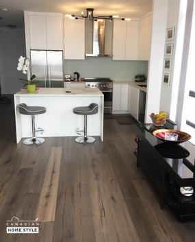 Wide Plank Hardwood floors