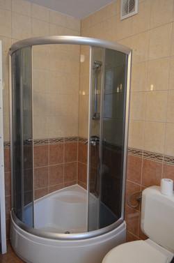 2 łazienka