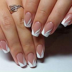 French-Manicure-Wedding