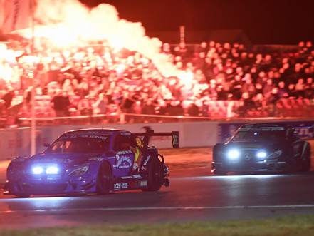 Super GT-kørerne kæmpede hårdt i mørket