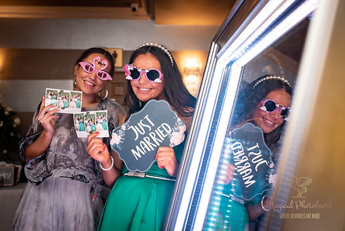 long island photo booth, mirror photo booth rental, long island mirror booth, photo booth rental