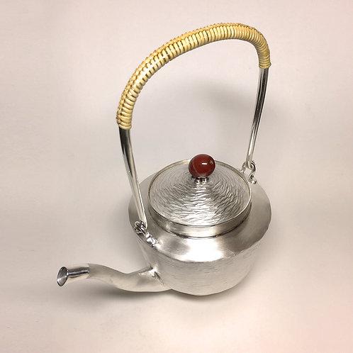 (1711) 籐編提樑-高壼紅碧玉鈕