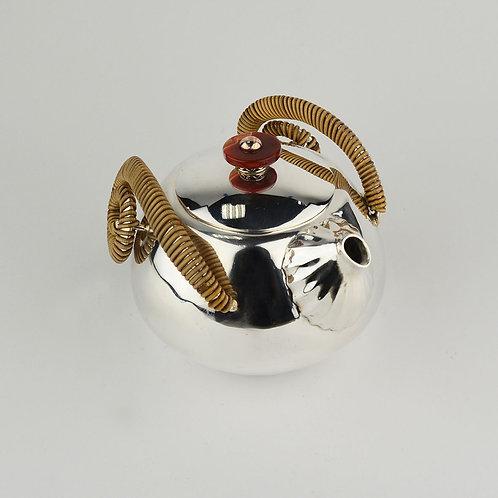 (1915) 小圓壺-籐編捲角壺紅瑪瑙鈕