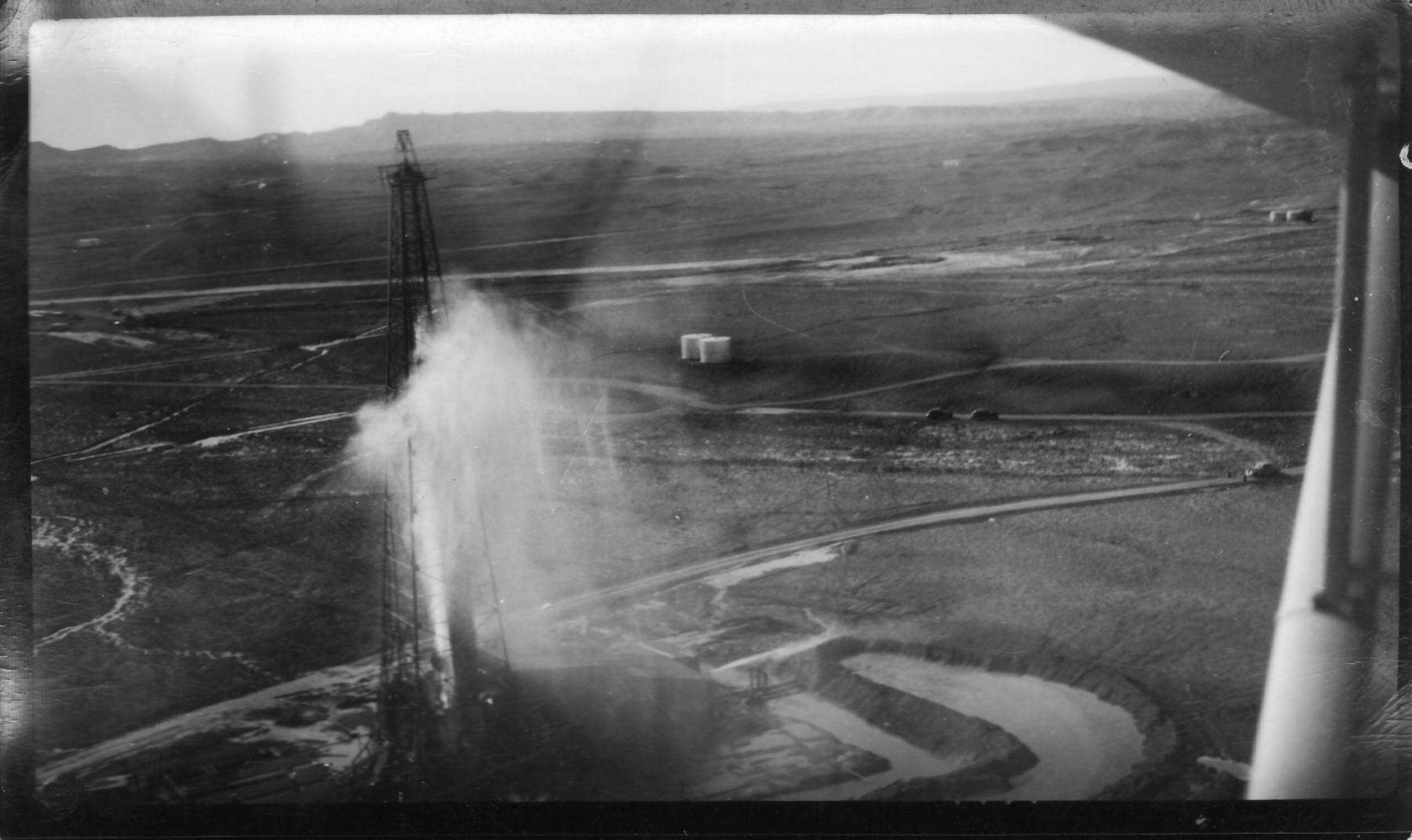 OIl Derrik 1947.jpg