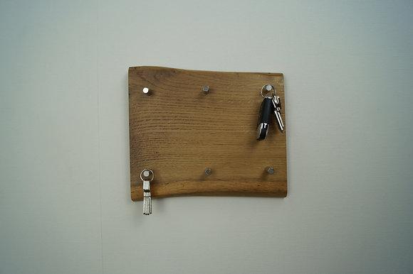Schlüsselhalter Baumkante 1