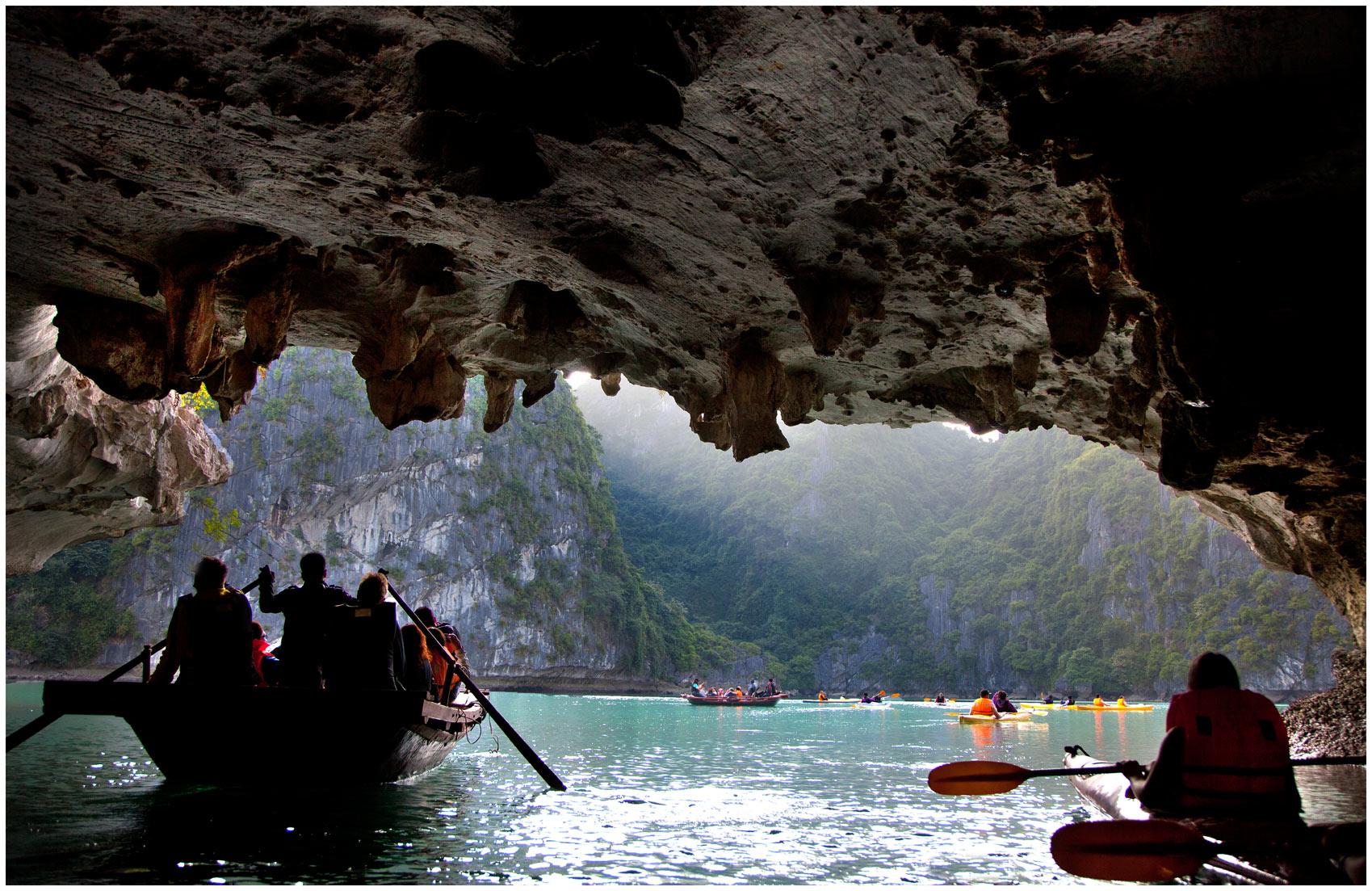Halong-cave-w