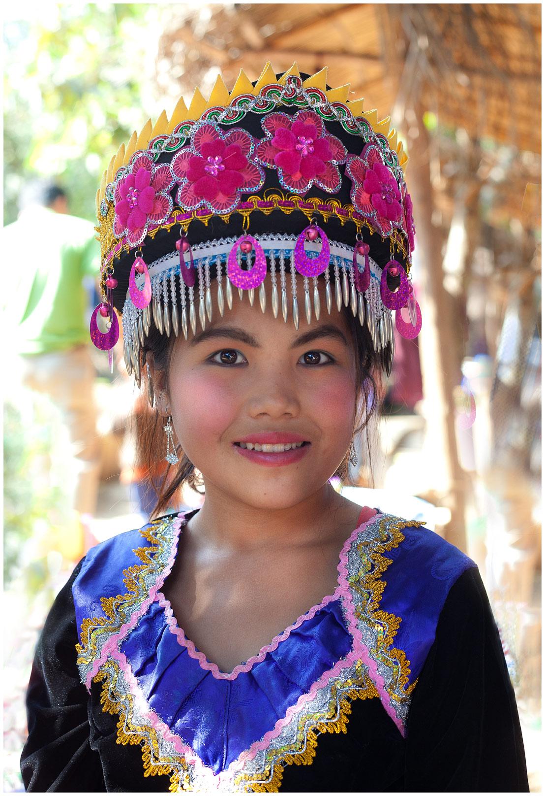 hmong-girl-w
