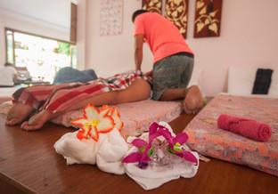 massage2 (1 of 1).jpg