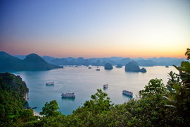 Halong-Bay-sunset-w.jpg