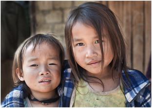 HmongAmericans-w.jpg