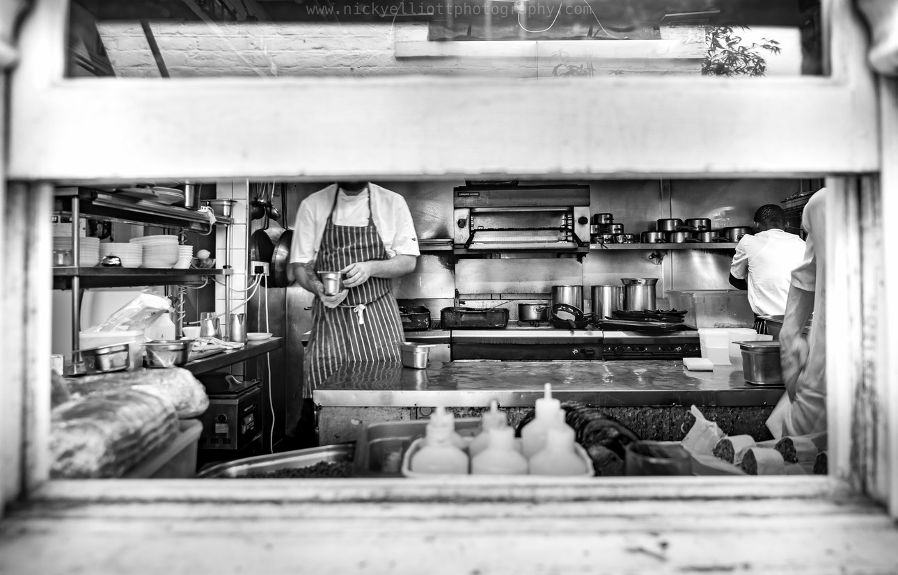 Busy Bow Kitchen 1-5 (1 of 1).jpg