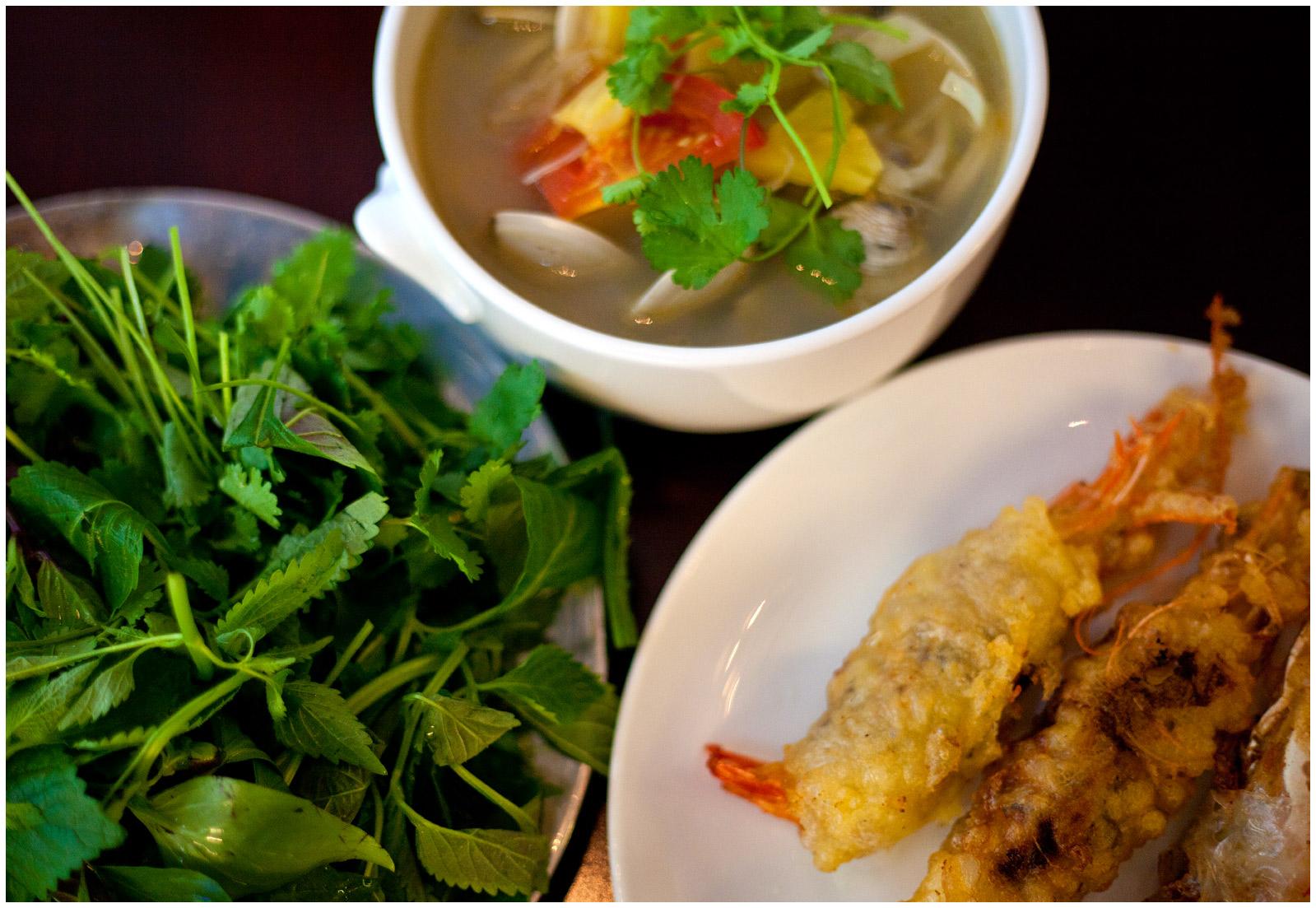 Vietnamese-food-w