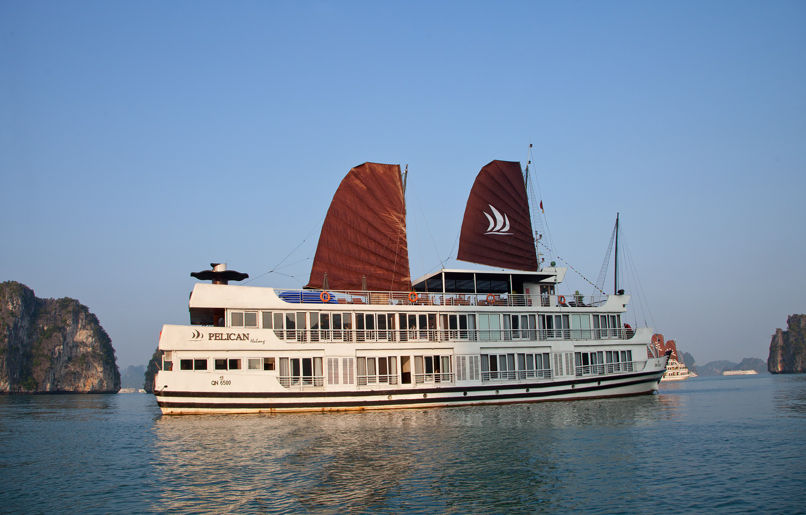 Halong-Cruise-w