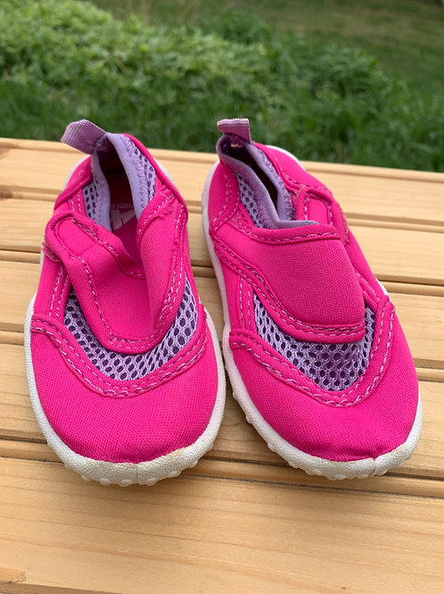 Size 5/6 Toddler Pink and Purple Water Shoes