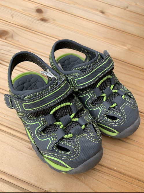 Size 5 Little Kids Grey and Green Sandals